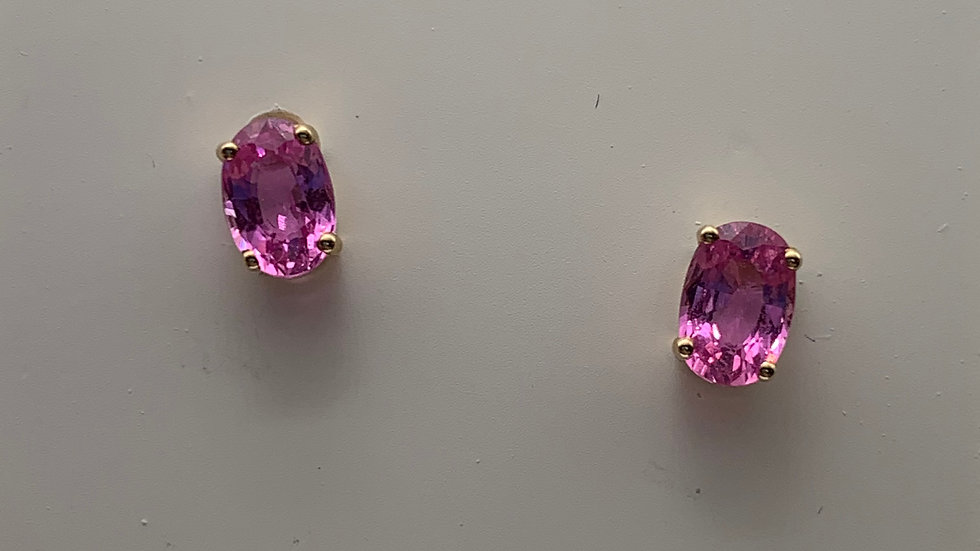 9ct yellow gold Pink Sapphire studs