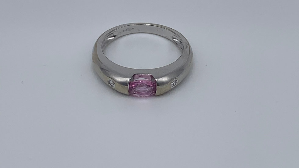 9ct white gold Pink Sapphire & Diamond ring