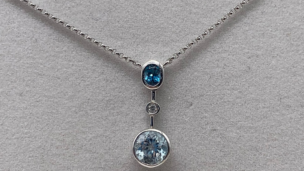 9ct white gold Topaz necklace