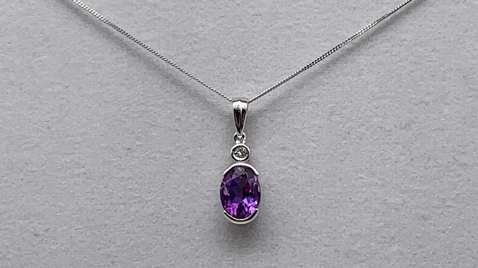 9ct white gold Amethyst & Diamond necklace