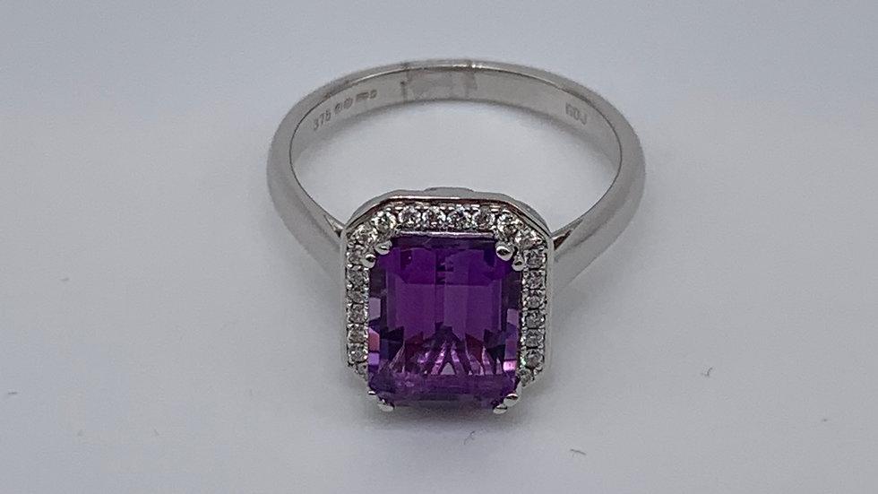 9ct white gold Amethyst & Diamond ring