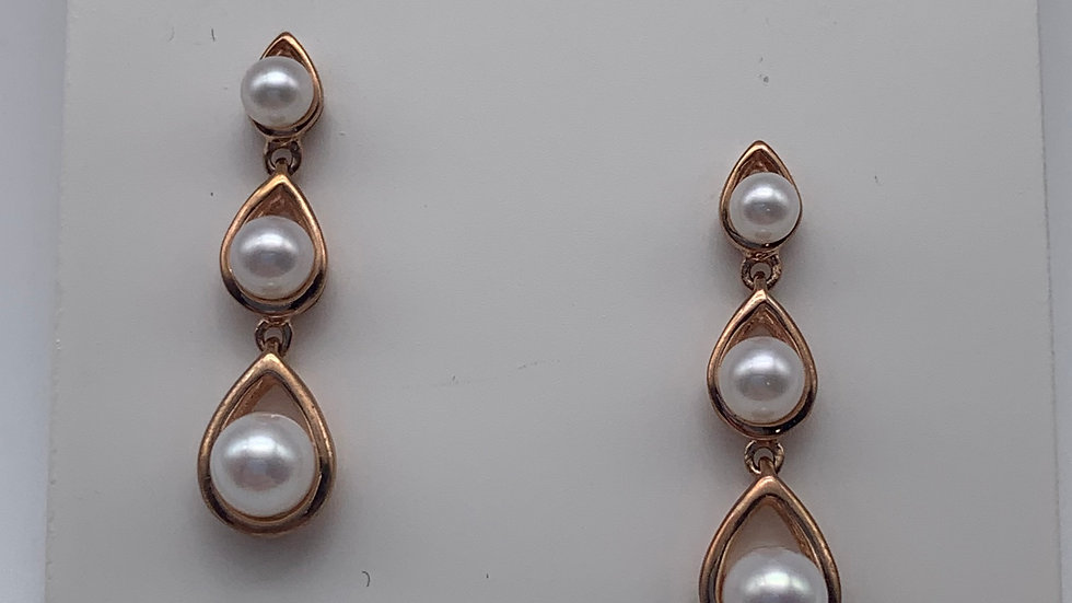 9ct rose gold Freshwater Pearl earrings