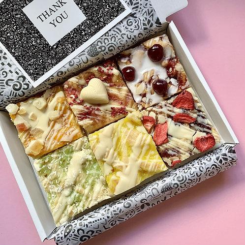 MIXED 'FRUITY' BLONDIE BOX