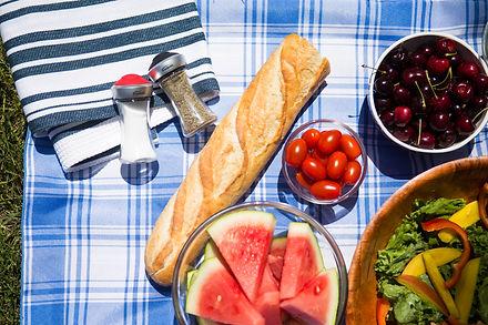 מלחיות, לחם ופירות