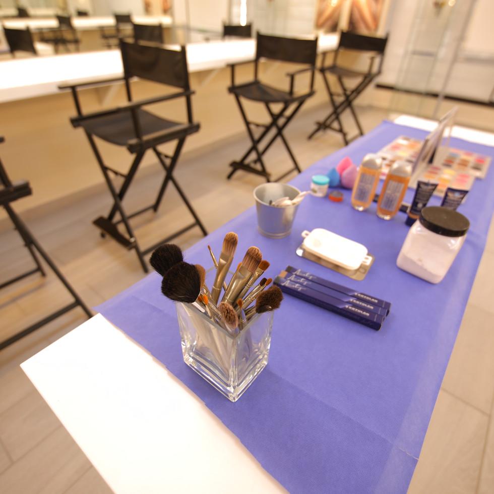 Makeup Classroom