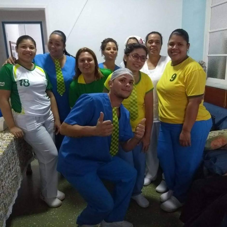 Torcida pela Seleção Brasileira no Solar Marina