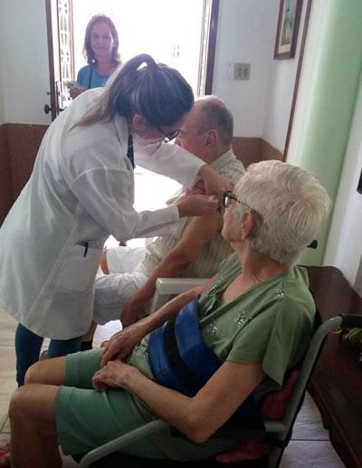 Vacinação no Chalé da Vovó