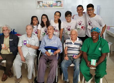 Visita do Grupo Mão Amiga e homenagem ao Dia dos Pais