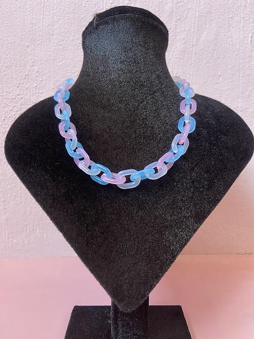 Pastel T Chain