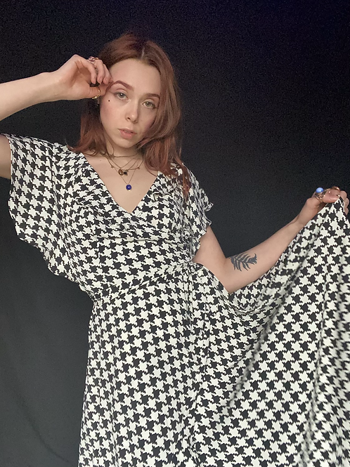 1960's Inspired Black & White Houndstooth Print Wrap Dress