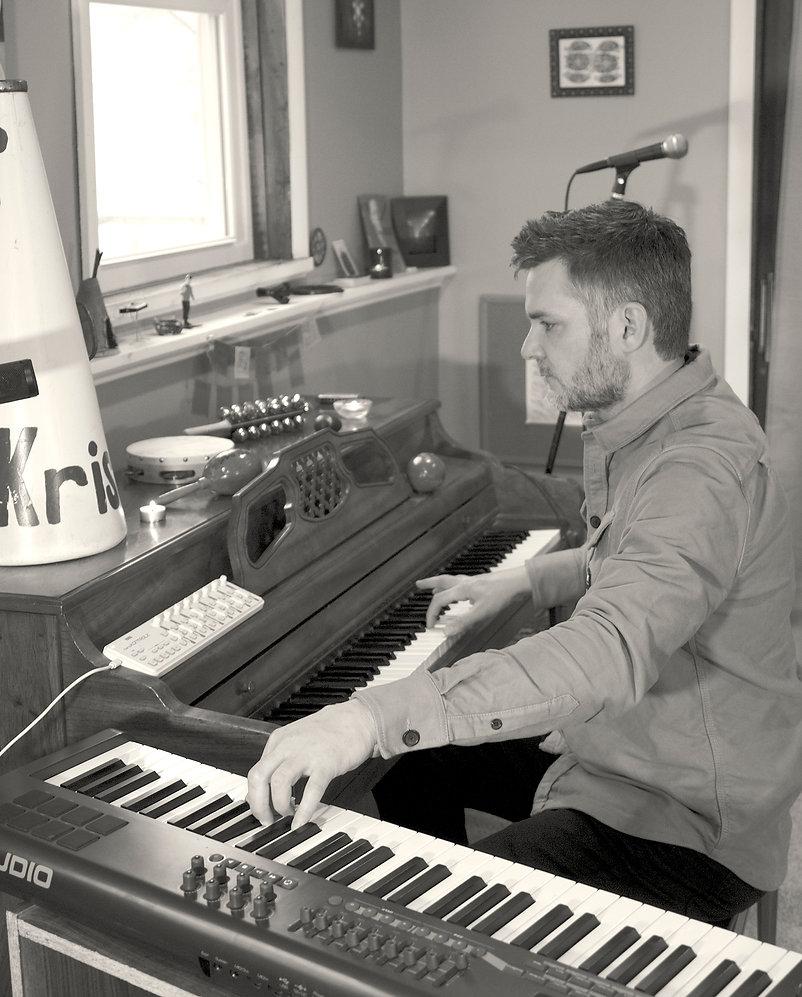 1920x2388-Jason_Pfaff-Piano---Pfaff_Music.jpg