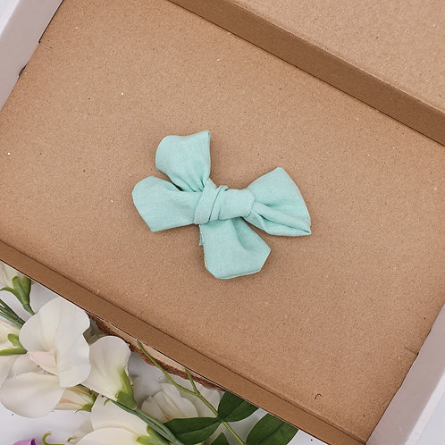 Green Chambray Handtied Bow