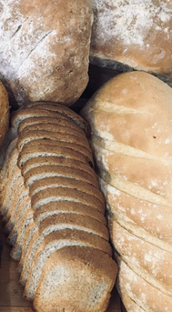 Sliced Wholemeal & Bloomers