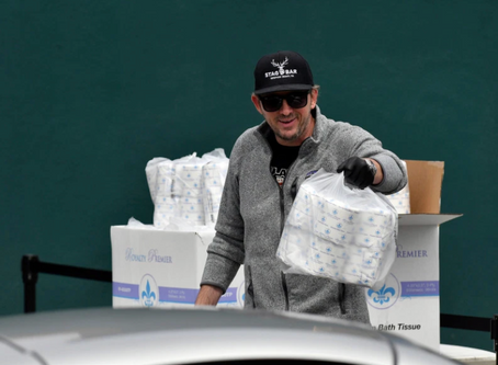 Restaurateur donates 9,000 rolls of toilet paper