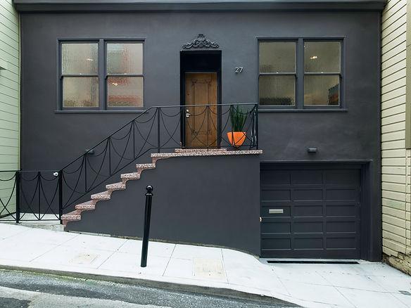 Telegraph Hill Residence, street view