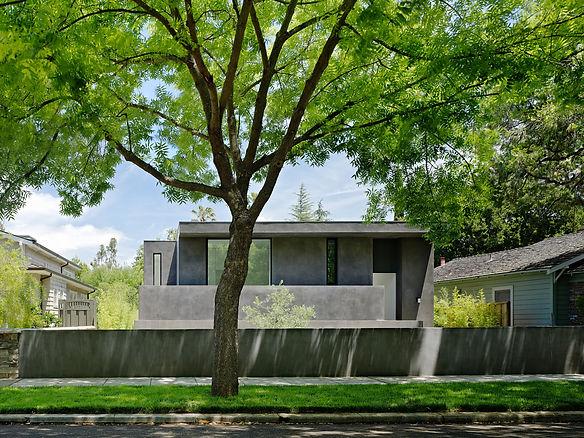 Los Altos Residence: Facade