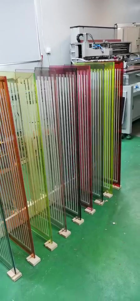 LES Printed On Colour Laminated Glass
