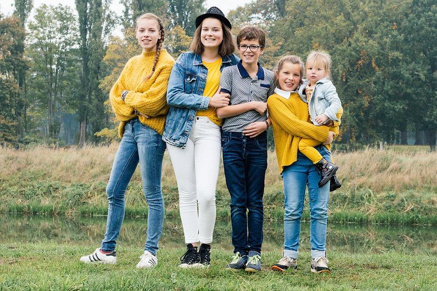 Familiefotoshoot sint michielsgestel.jpg
