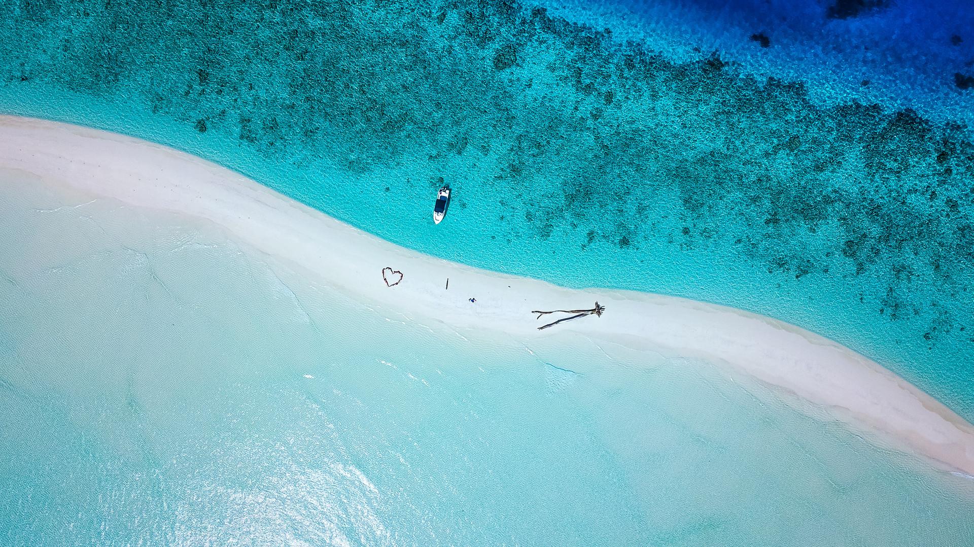 A FINAL 2018-04-23 Drone Island Hopping