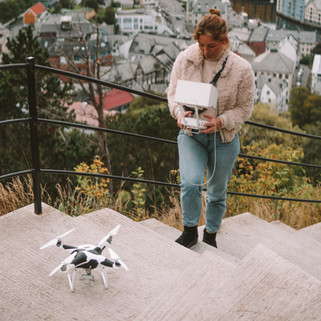 CAMILLA_DELLION_DRONE_GIRL_PHOTOGRAPHER_