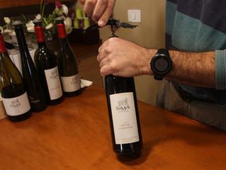 wikidiff.com/vintner/winemaker