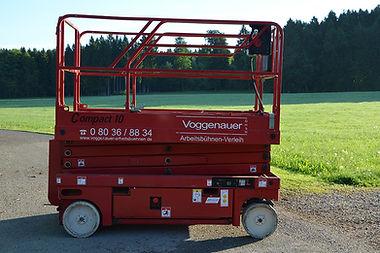 Scherenbühnen Compact-10, Voggenauer Arbeitsbühnen, Prutting