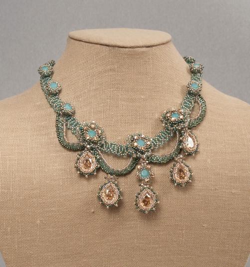 Queen Esters Neck Pac Opal.jpg