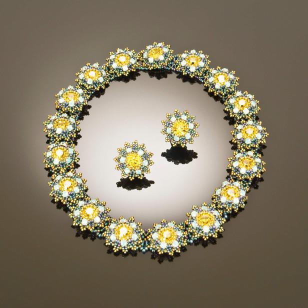 Flower Motif Lime.jpg