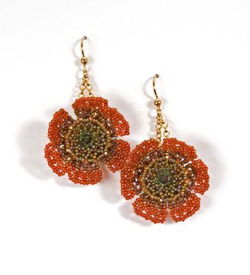 Wildflowers Earrings in Peridot Satin