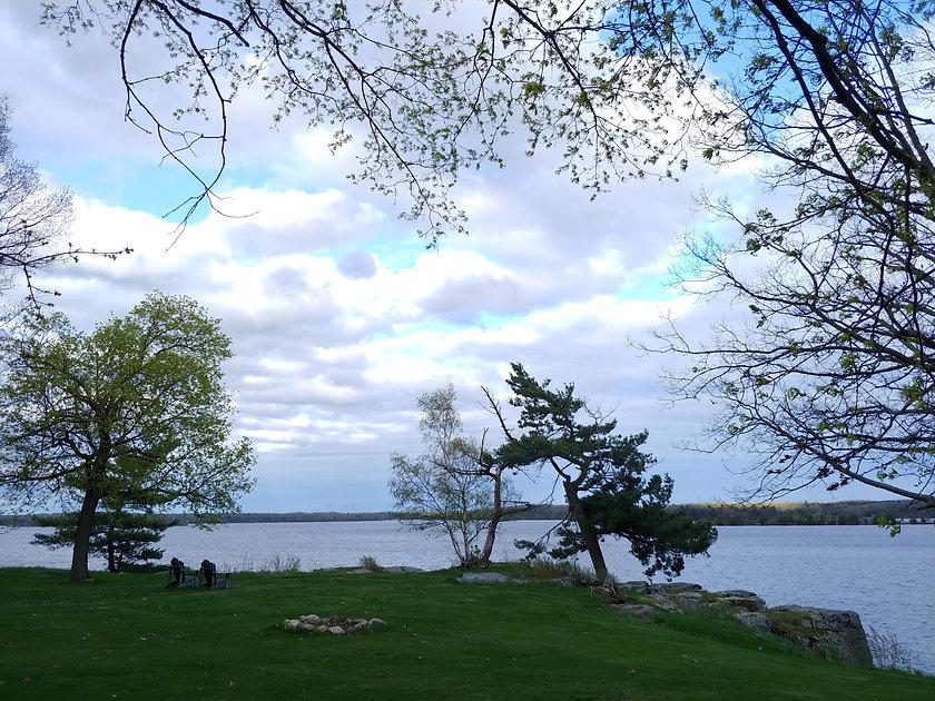 black lake fishing cottage rentals