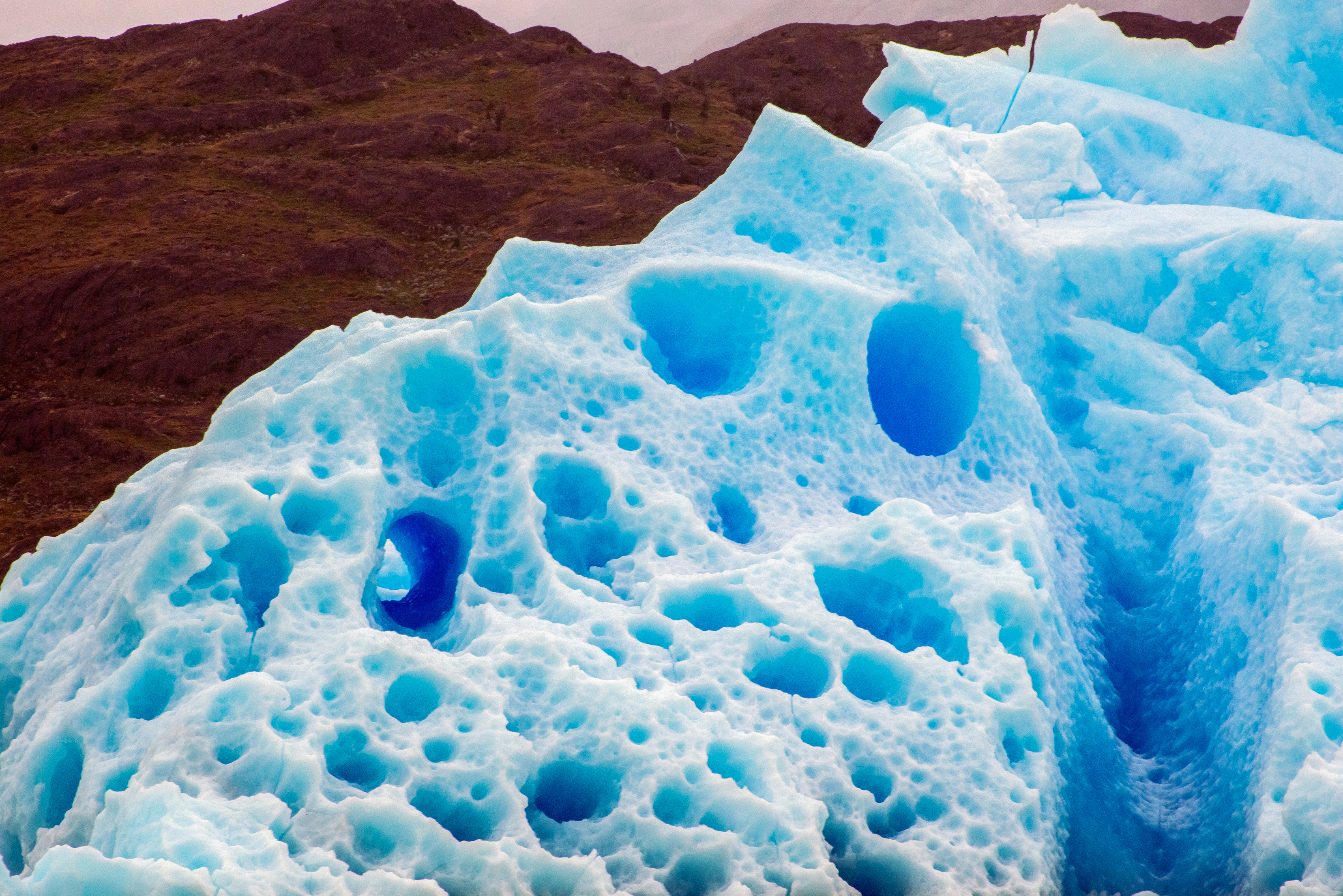 Holey Iceberg-El Calafate