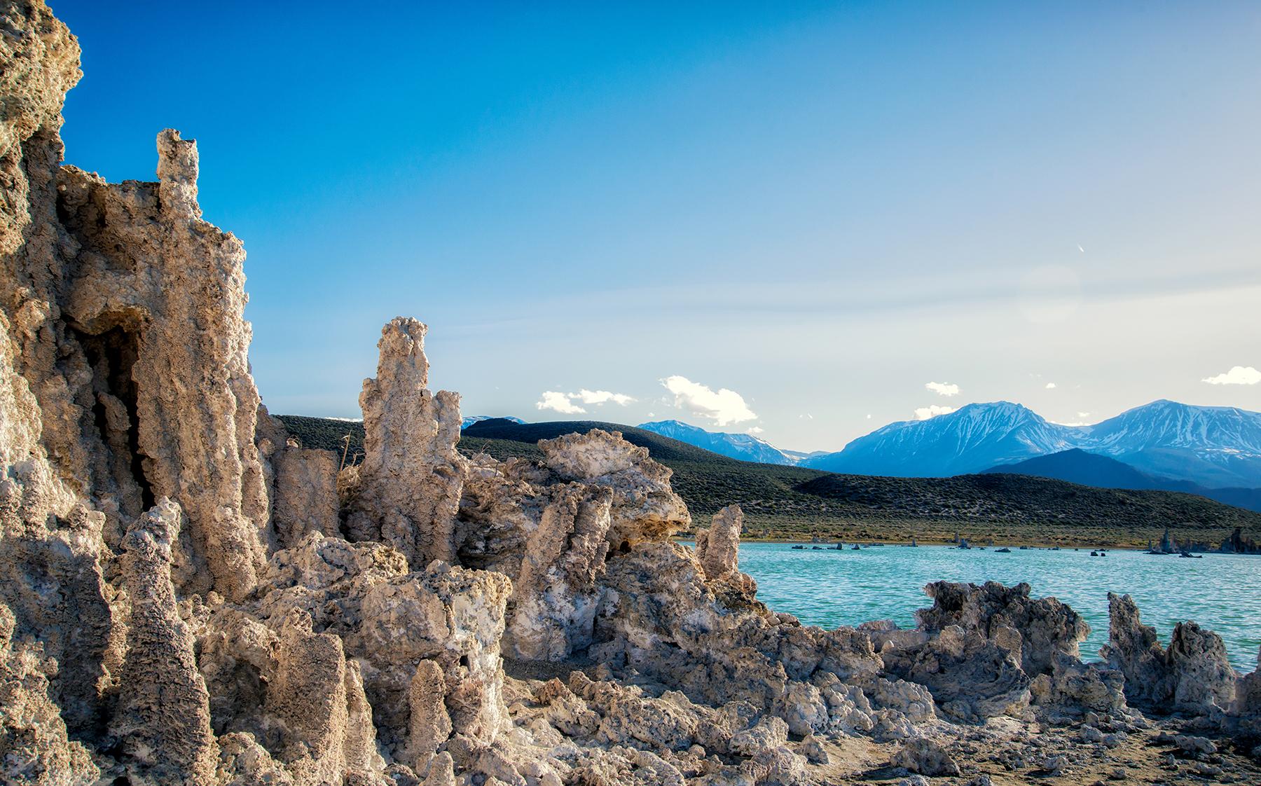 Tufa, Mono Lake & the Sierra Nevada Moun