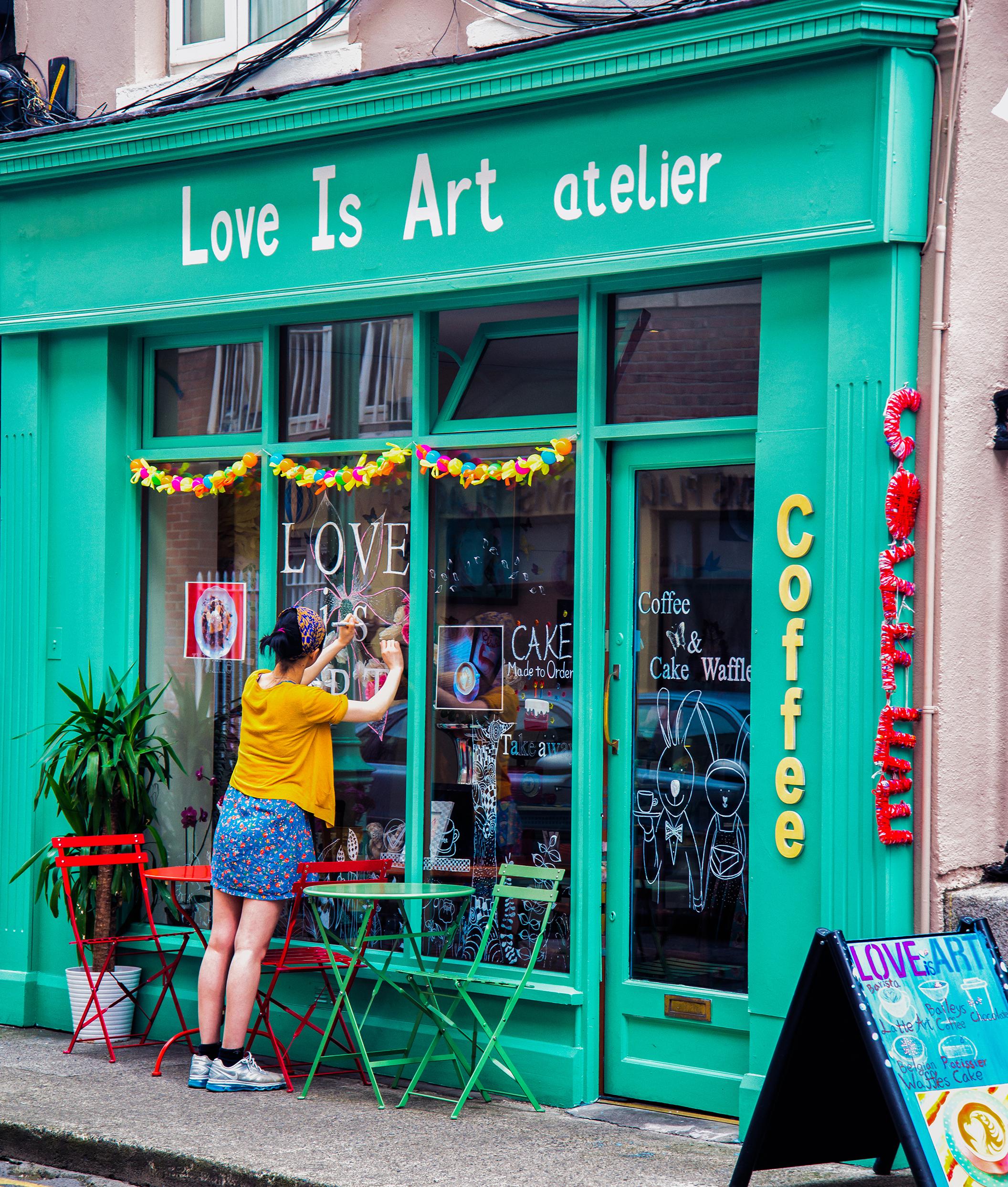 Love_is_a_Dublin_Café