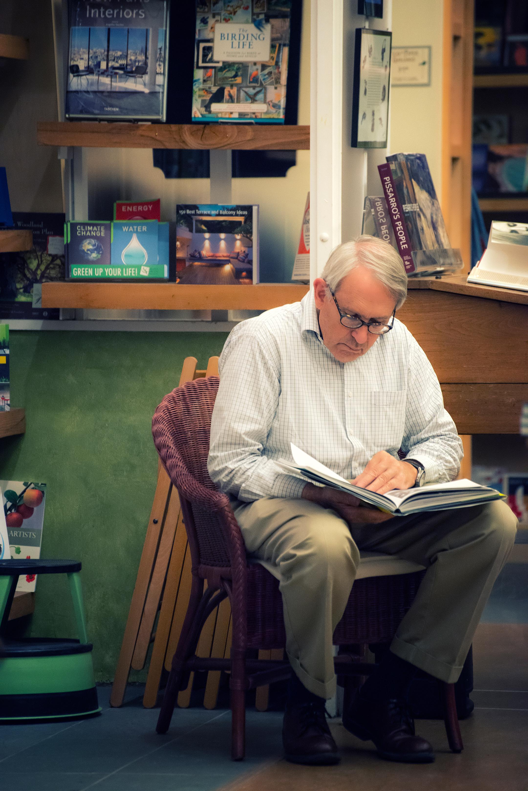 Reading-Oakland bookstore-California