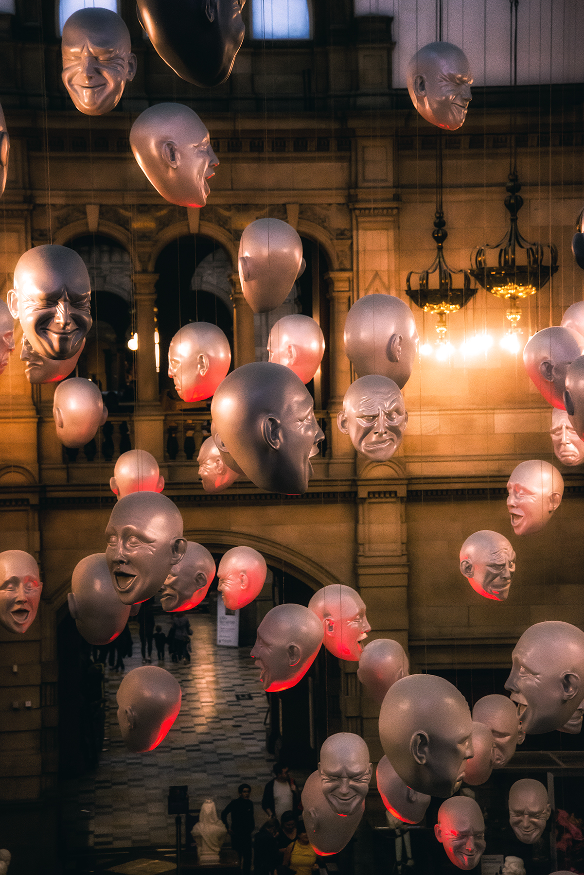 Floating Heads Installation by Sophie Ca