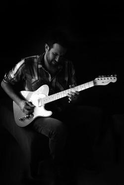 José & the Guitar