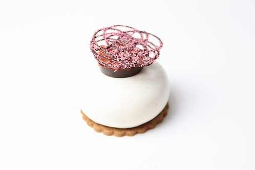 Rhubarb & cheesecake mousse