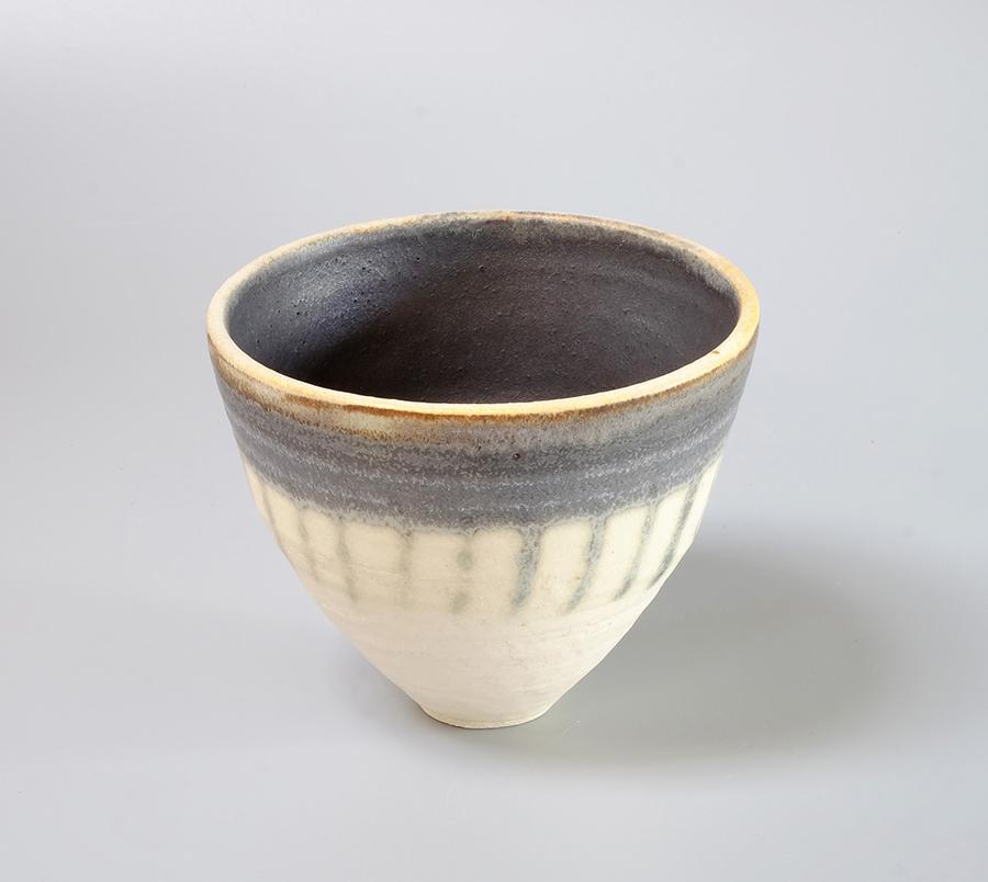 Pebble beach bowl