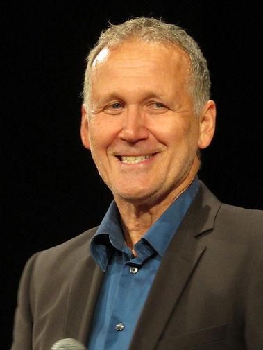 Portrait de Marc LANDY, directeur de l'atelier de Marc, metteur en scène et  directeur artistique de la troupe