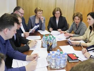 Идет заседание Экспертной комиссии Московского международного салона изобретений и инновационных тех