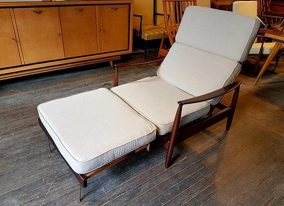 "Sillon Cama Danes XL ""Lounge Chair"" Dark Wood"