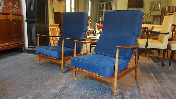 "Sillones Daneses ""Blue Velvet Lounge Chairs"""