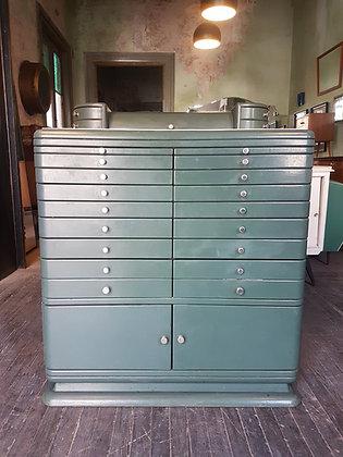 Mueble Vintage de Consultorio