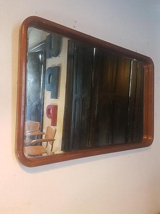 Espejo Biselado de Bordes Redondos
