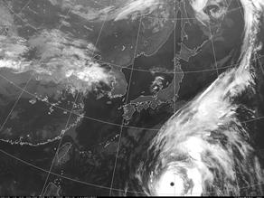 迫る猛烈な台風19号、10/12(土)のシネオケ諦めます…