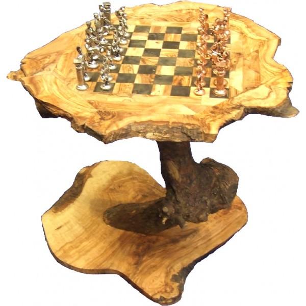 Table rustique de jeux d'échecs