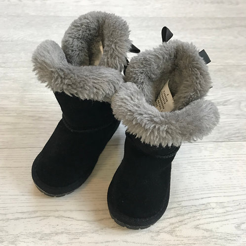 ⚫️MATALAN. Girls black fluffy ugg style boots. Infant 5.