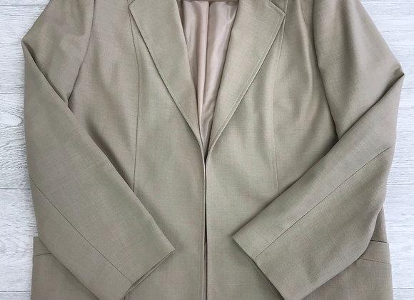 ⚫️EWM Pure Classics beige/sand blazer jacket. Size 18.