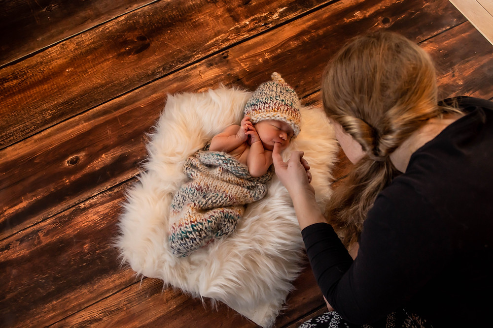 Mom and baby, Newborn session, newborn cocoon, knit sleep wrap