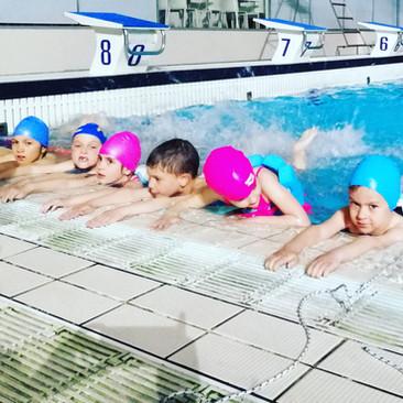 Nekoliko razloga da plivate,plivate.. barem dva puta nedeljno!